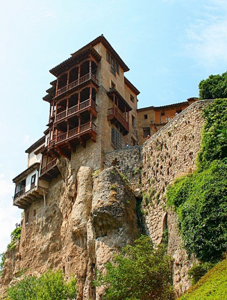 most-popular-hanging-house